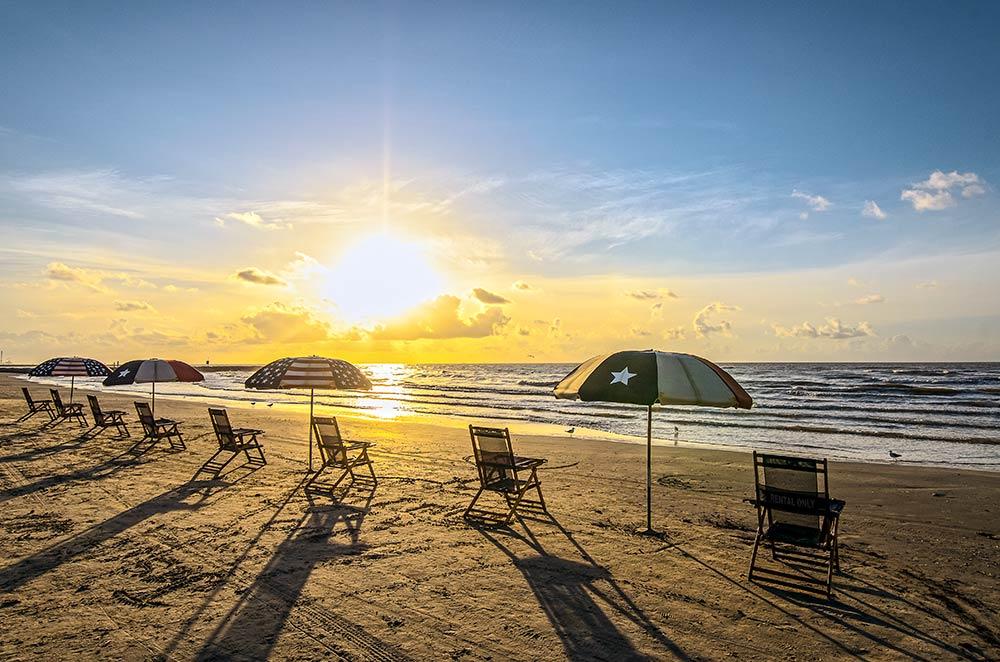 Galveston Beach; Photo: Galveston Island CVB