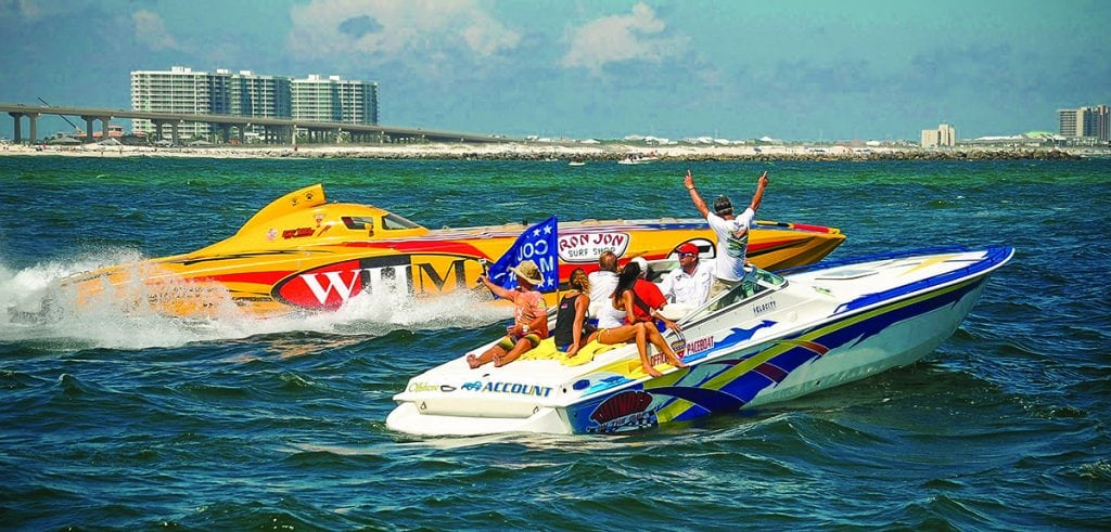 Thunder on the gulf powerboat racing southern boating for Pensacola party boat fishing