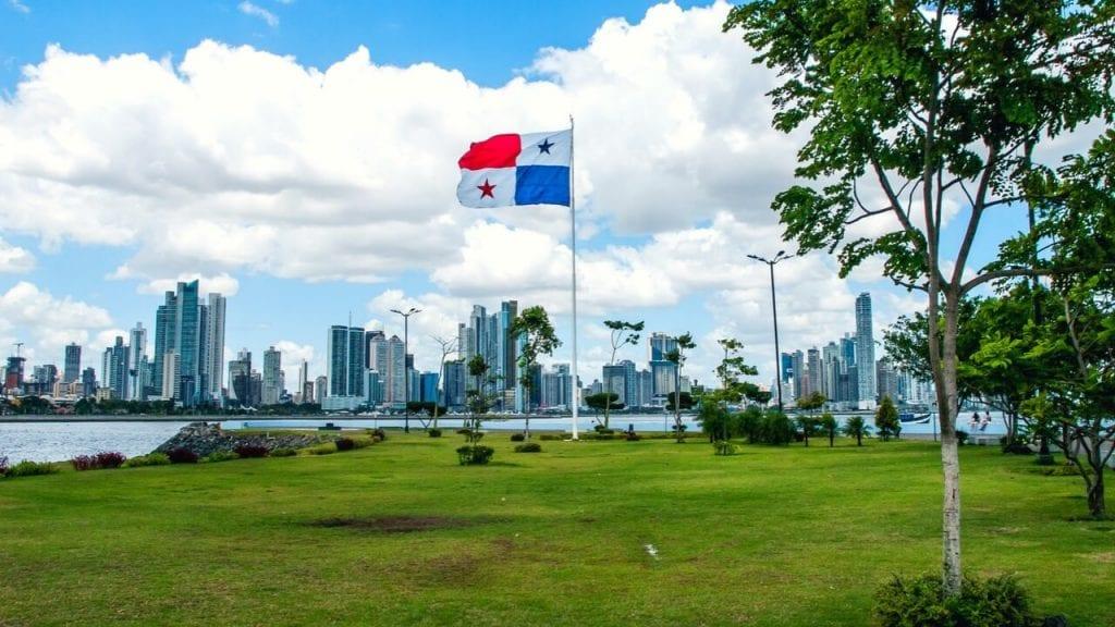 Cruising Through a Panama Wonderland - Southern Boating