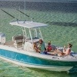 Boston Whaler 230 Outrage