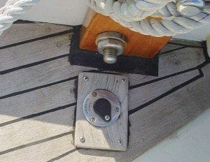 Washdown deck fitting