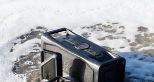 aquaphonics waterproof bluetooth speaker by lifeproof