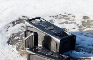 aquaphonics waterproof bluetooth speaker by lifeproof