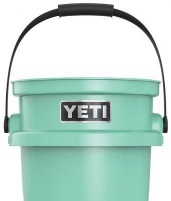 Yeti Loadout Bucket, bucket, YETI, heavy duty bucket, best bucket, best bucket of all time, best bucket for boats, boat bucket