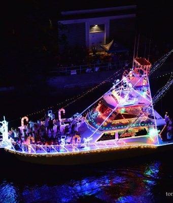 boat parades, winterfest, winterfest boat parade, boats, lights,