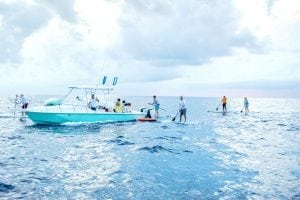 An image of paddlers crossing the gulfstream during Crossing for a Cure for Cystic Fibrosis