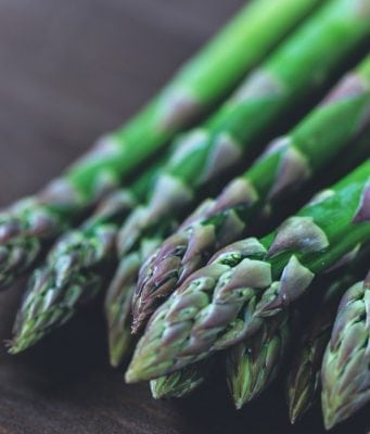 An image of Asparagus before it is turned into asparagus in egg sauce.