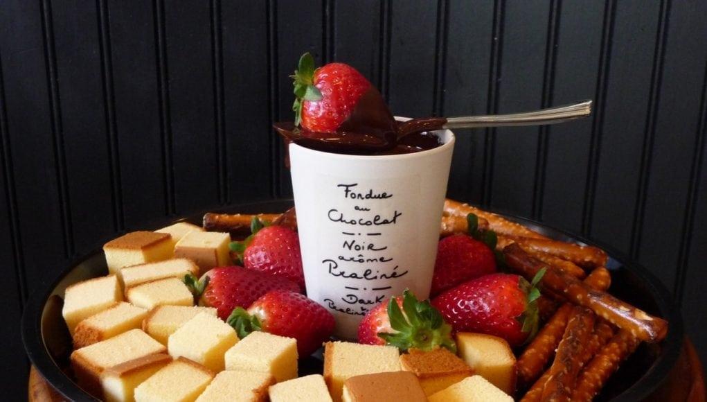 An image of chocolate fondue for Chocolate Fondue