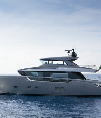 an image of the Sanlorenzo SX76 from Southern Boating