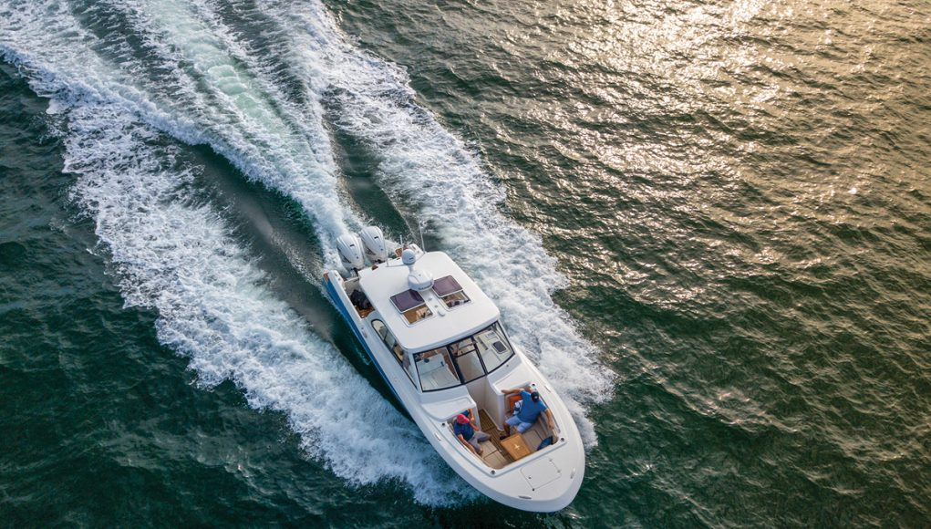 an image of the Southport 33 DC from Southern Boating