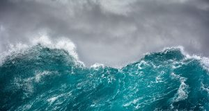 Whats a Wave? Southern Boating investigates